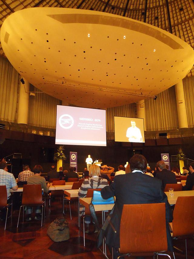 """SEMSEO 2011: Sasa Ebach im Panel """"Shops optimieren"""" (oder so ähnlich)"""